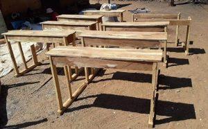 Schulbänke für den Süden in Madagaskar